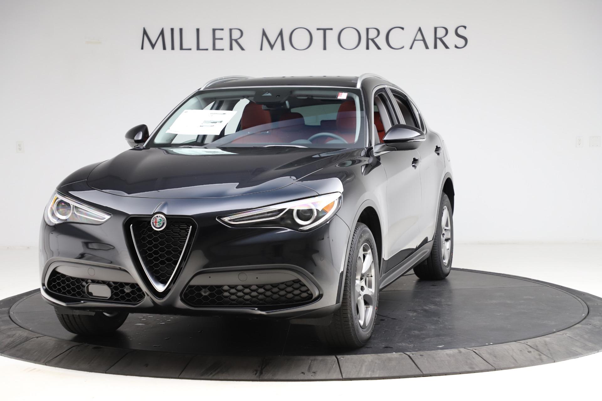 New 2021 Alfa Romeo Stelvio Q4 for sale $48,645 at Alfa Romeo of Greenwich in Greenwich CT 06830 1