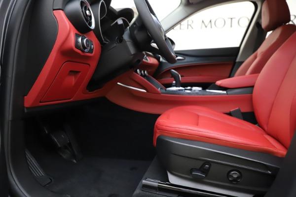 New 2021 Alfa Romeo Stelvio Q4 for sale $48,050 at Alfa Romeo of Greenwich in Greenwich CT 06830 14