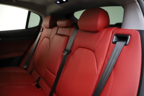 New 2021 Alfa Romeo Stelvio Q4 for sale $48,050 at Alfa Romeo of Greenwich in Greenwich CT 06830 18