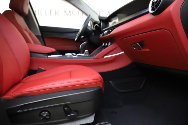 New 2021 Alfa Romeo Stelvio Q4 for sale $48,050 at Alfa Romeo of Greenwich in Greenwich CT 06830 23
