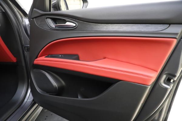 New 2021 Alfa Romeo Stelvio Q4 for sale $48,050 at Alfa Romeo of Greenwich in Greenwich CT 06830 25