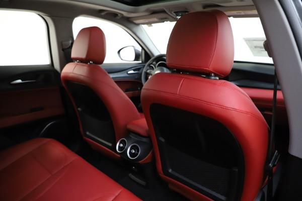 New 2021 Alfa Romeo Stelvio Q4 for sale $48,050 at Alfa Romeo of Greenwich in Greenwich CT 06830 28