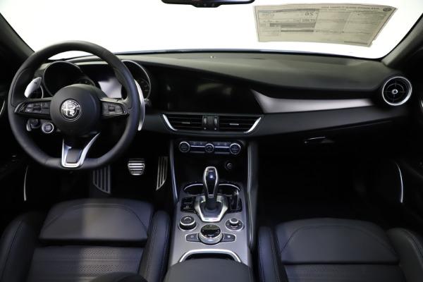 New 2021 Alfa Romeo Giulia Ti Sport for sale $52,940 at Alfa Romeo of Greenwich in Greenwich CT 06830 16