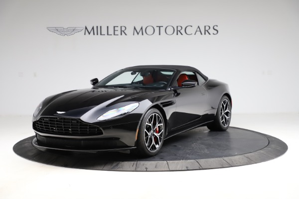 Used 2019 Aston Martin DB11 Volante Volante for sale $204,900 at Alfa Romeo of Greenwich in Greenwich CT 06830 23