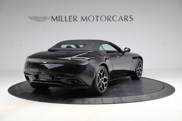Used 2019 Aston Martin DB11 Volante Volante for sale $204,900 at Alfa Romeo of Greenwich in Greenwich CT 06830 26