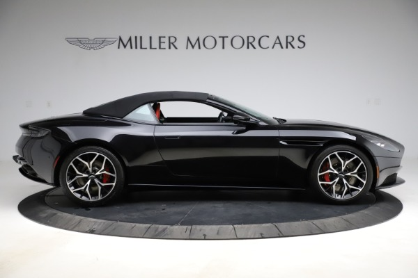 Used 2019 Aston Martin DB11 Volante Volante for sale $204,900 at Alfa Romeo of Greenwich in Greenwich CT 06830 27
