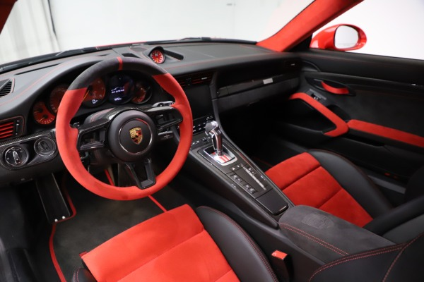 Used 2018 Porsche 911 GT2 RS for sale $325,900 at Alfa Romeo of Greenwich in Greenwich CT 06830 13