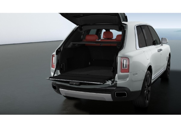 New 2021 Rolls-Royce Cullinan for sale $383,850 at Alfa Romeo of Greenwich in Greenwich CT 06830 3