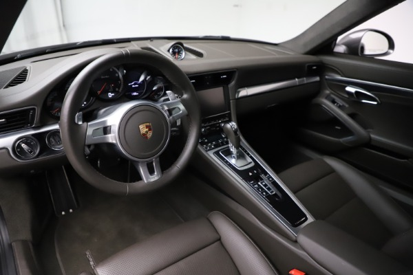 Used 2015 Porsche 911 Turbo for sale $109,900 at Alfa Romeo of Greenwich in Greenwich CT 06830 13