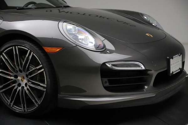 Used 2015 Porsche 911 Turbo for sale $109,900 at Alfa Romeo of Greenwich in Greenwich CT 06830 26