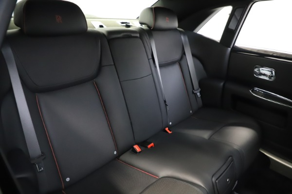 Used 2016 Rolls-Royce Ghost for sale $165,900 at Alfa Romeo of Greenwich in Greenwich CT 06830 17
