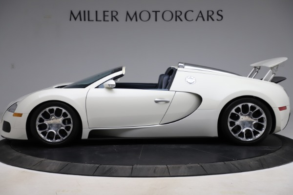 Used 2010 Bugatti Veyron 16.4 Grand Sport for sale Call for price at Alfa Romeo of Greenwich in Greenwich CT 06830 3