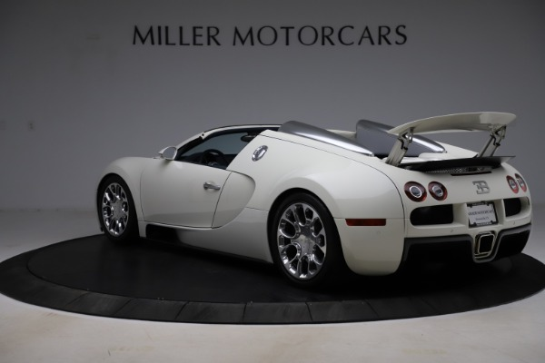 Used 2010 Bugatti Veyron 16.4 Grand Sport for sale Call for price at Alfa Romeo of Greenwich in Greenwich CT 06830 5