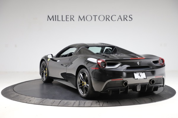 Used 2017 Ferrari 488 Spider for sale $284,900 at Alfa Romeo of Greenwich in Greenwich CT 06830 17