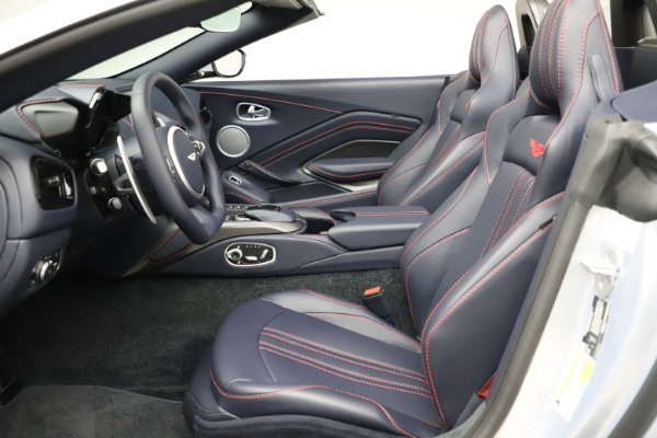 New 2021 Aston Martin Vantage Roadster for sale $184,286 at Alfa Romeo of Greenwich in Greenwich CT 06830 15
