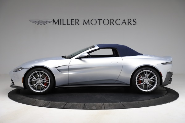 New 2021 Aston Martin Vantage Roadster for sale $184,286 at Alfa Romeo of Greenwich in Greenwich CT 06830 22