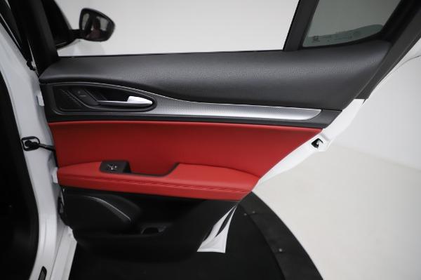 New 2021 Alfa Romeo Stelvio Ti Sport Q4 for sale Sold at Alfa Romeo of Greenwich in Greenwich CT 06830 27