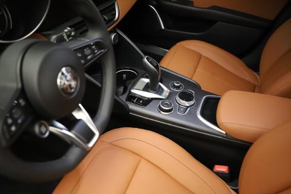 New 2021 Alfa Romeo Giulia Ti Q4 for sale $51,350 at Alfa Romeo of Greenwich in Greenwich CT 06830 17