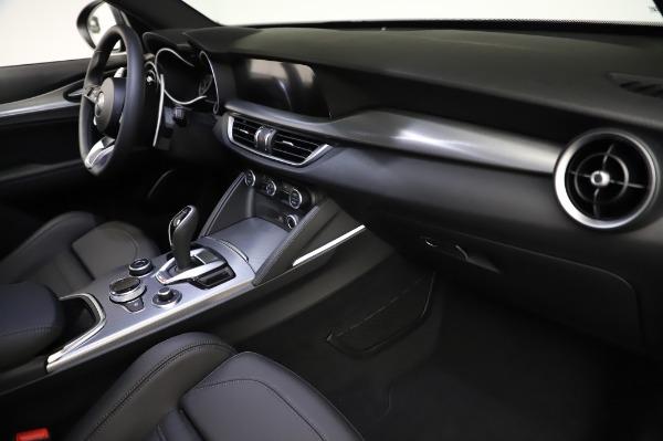 New 2021 Alfa Romeo Stelvio Ti Sport Q4 for sale $57,595 at Alfa Romeo of Greenwich in Greenwich CT 06830 22