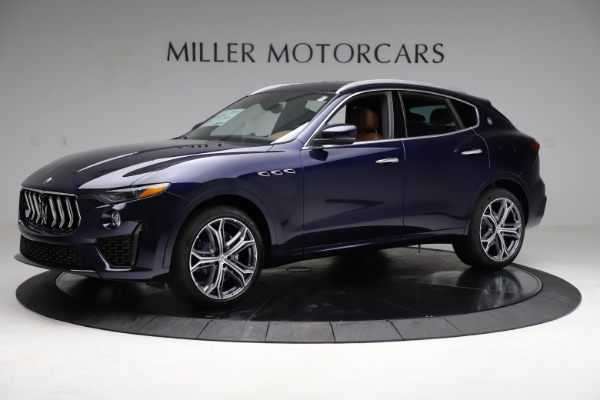 New 2021 Maserati Levante S Q4 for sale $98,925 at Alfa Romeo of Greenwich in Greenwich CT 06830 3