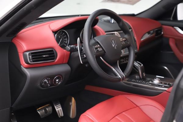 New 2021 Maserati Levante S Q4 GranSport for sale $105,835 at Alfa Romeo of Greenwich in Greenwich CT 06830 14
