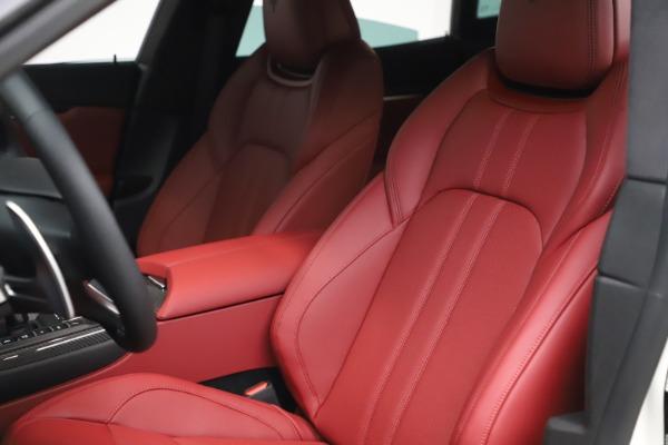 New 2021 Maserati Levante S Q4 GranSport for sale $105,835 at Alfa Romeo of Greenwich in Greenwich CT 06830 16