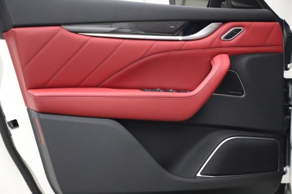New 2021 Maserati Levante S Q4 GranSport for sale $105,835 at Alfa Romeo of Greenwich in Greenwich CT 06830 17