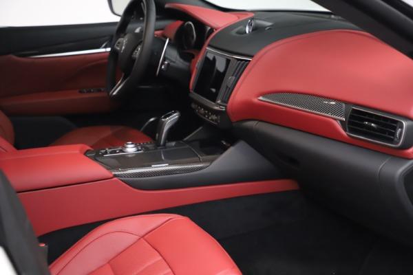 New 2021 Maserati Levante S Q4 GranSport for sale $105,835 at Alfa Romeo of Greenwich in Greenwich CT 06830 18