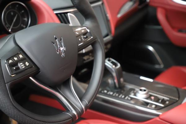 New 2021 Maserati Levante S Q4 GranSport for sale $105,835 at Alfa Romeo of Greenwich in Greenwich CT 06830 21