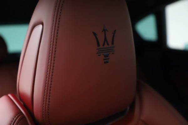 New 2021 Maserati Levante S Q4 GranSport for sale $105,835 at Alfa Romeo of Greenwich in Greenwich CT 06830 23