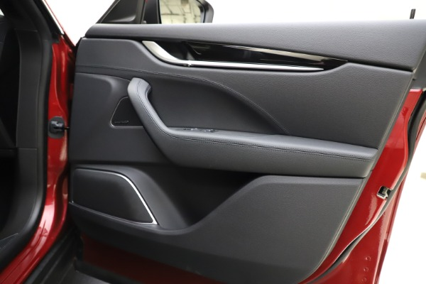 New 2020 Maserati Levante S Q4 GranSport for sale Sold at Alfa Romeo of Greenwich in Greenwich CT 06830 25