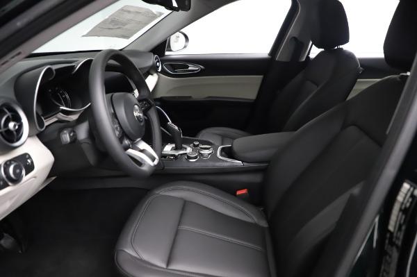 New 2021 Alfa Romeo Giulia Q4 for sale $46,895 at Alfa Romeo of Greenwich in Greenwich CT 06830 14