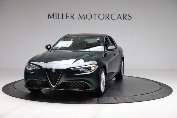 New 2021 Alfa Romeo Giulia Q4 for sale $46,895 at Alfa Romeo of Greenwich in Greenwich CT 06830 1