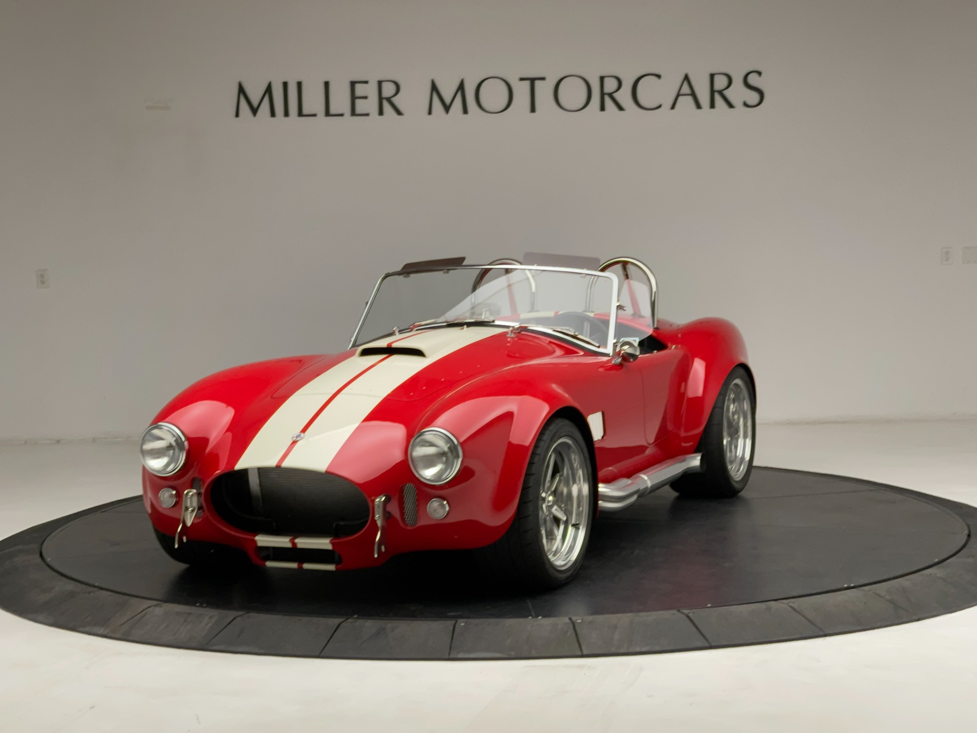 Used 2020 Shelby Cobra Superformance for sale $89,900 at Alfa Romeo of Greenwich in Greenwich CT 06830 1