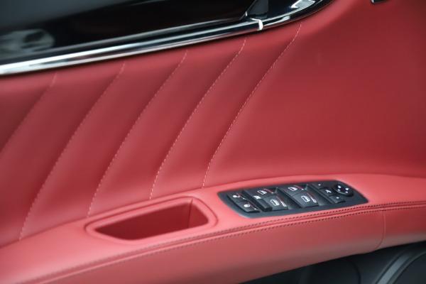 New 2021 Maserati Quattroporte S Q4 GranLusso for sale $122,349 at Alfa Romeo of Greenwich in Greenwich CT 06830 10
