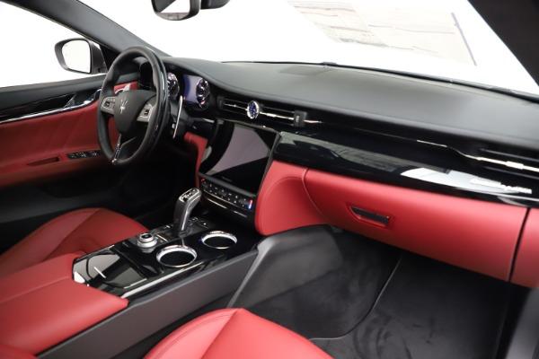 New 2021 Maserati Quattroporte S Q4 GranLusso for sale $122,349 at Alfa Romeo of Greenwich in Greenwich CT 06830 24