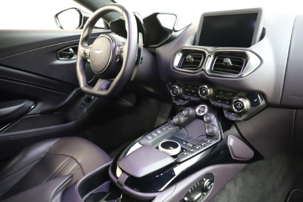 Used 2019 Aston Martin Vantage for sale Sold at Alfa Romeo of Greenwich in Greenwich CT 06830 16