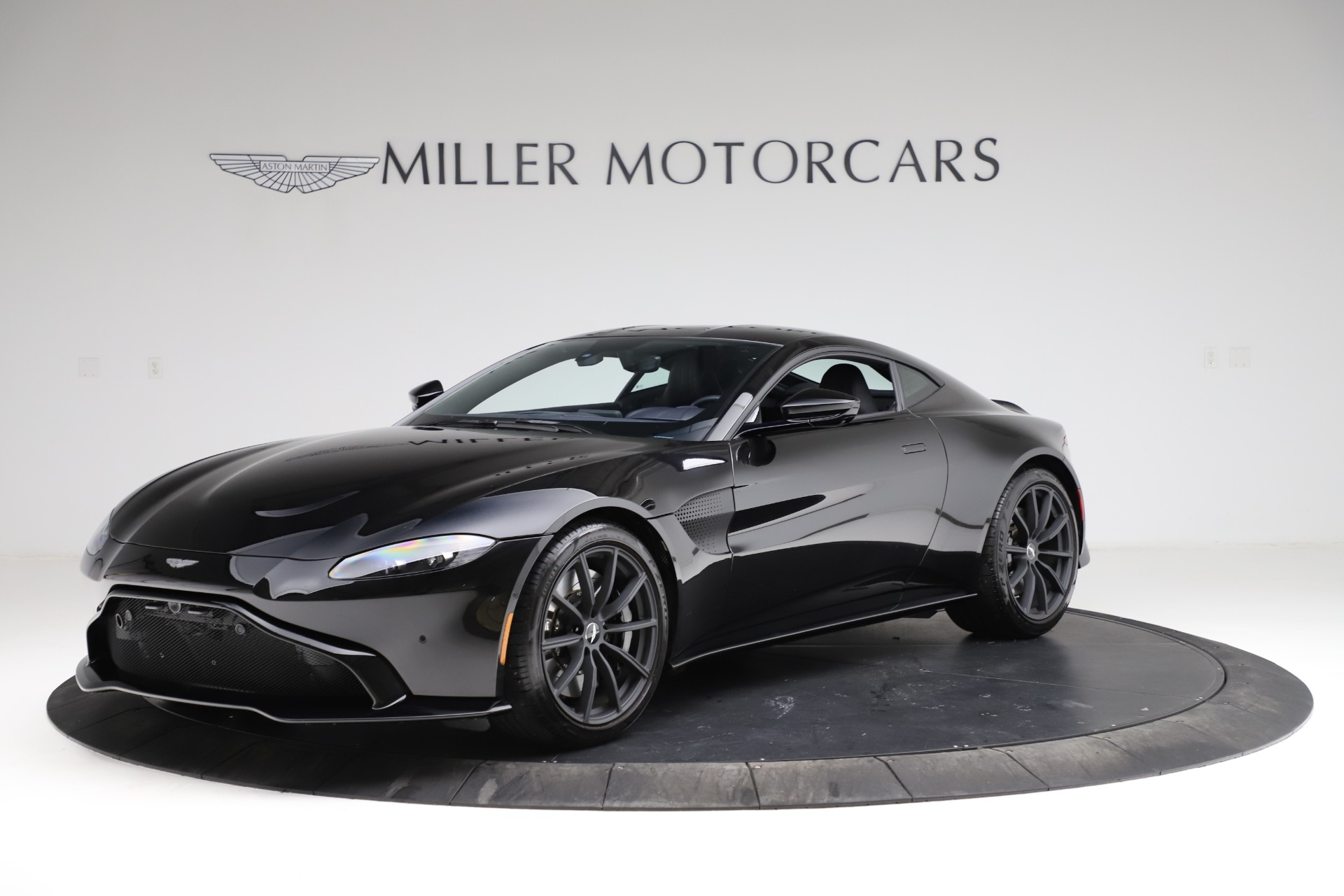 Used 2019 Aston Martin Vantage for sale Sold at Alfa Romeo of Greenwich in Greenwich CT 06830 1