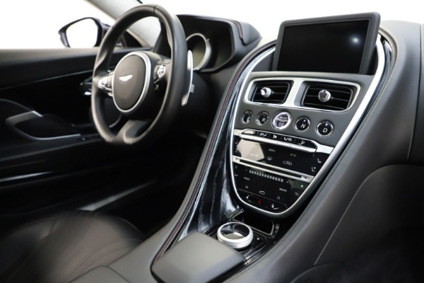Used 2018 Aston Martin DB11 V12 for sale $159,990 at Alfa Romeo of Greenwich in Greenwich CT 06830 17