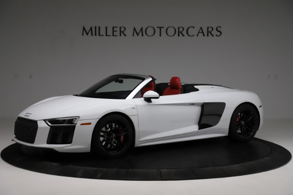 Used 2018 Audi R8 Spyder for sale $154,900 at Alfa Romeo of Greenwich in Greenwich CT 06830 2