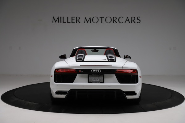 Used 2018 Audi R8 Spyder for sale $154,900 at Alfa Romeo of Greenwich in Greenwich CT 06830 6