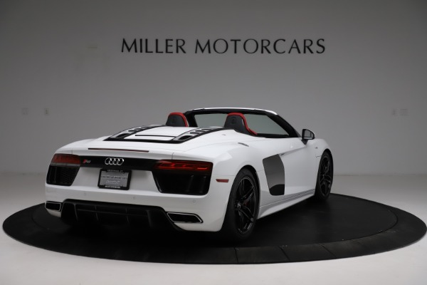 Used 2018 Audi R8 Spyder for sale $154,900 at Alfa Romeo of Greenwich in Greenwich CT 06830 7