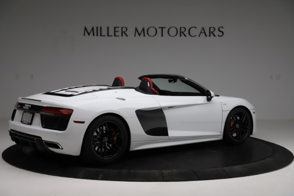 Used 2018 Audi R8 Spyder for sale $154,900 at Alfa Romeo of Greenwich in Greenwich CT 06830 8