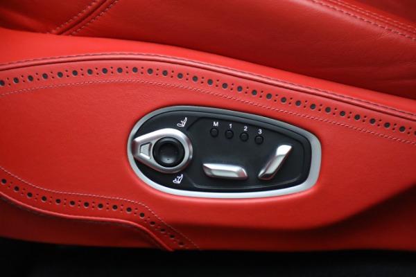 New 2021 Aston Martin DBX for sale $210,386 at Alfa Romeo of Greenwich in Greenwich CT 06830 20