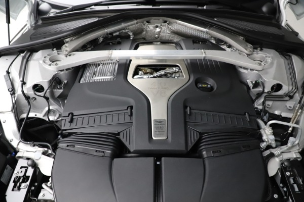 New 2021 Aston Martin DBX for sale $210,386 at Alfa Romeo of Greenwich in Greenwich CT 06830 26