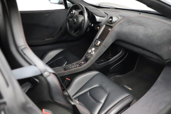 Used 2016 McLaren 675LT Spider for sale Call for price at Alfa Romeo of Greenwich in Greenwich CT 06830 25