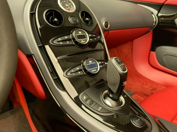 Used 2013 Bugatti Veyron 16.4 Grand Sport Vitesse for sale Call for price at Alfa Romeo of Greenwich in Greenwich CT 06830 25