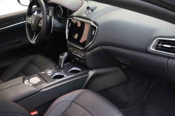 New 2021 Maserati Ghibli S Q4 GranSport for sale $100,285 at Alfa Romeo of Greenwich in Greenwich CT 06830 22