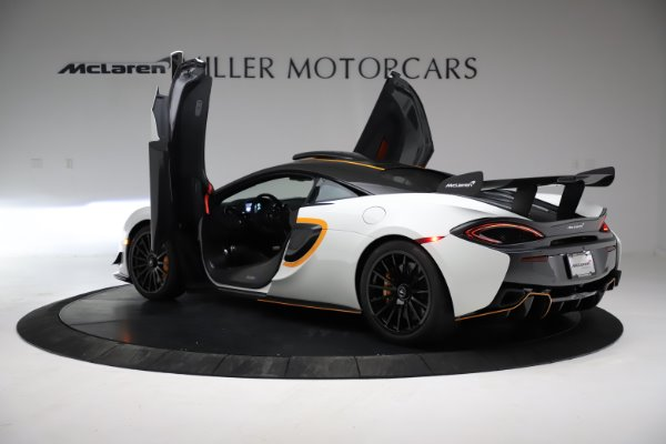 New 2020 McLaren 620R for sale Call for price at Alfa Romeo of Greenwich in Greenwich CT 06830 12