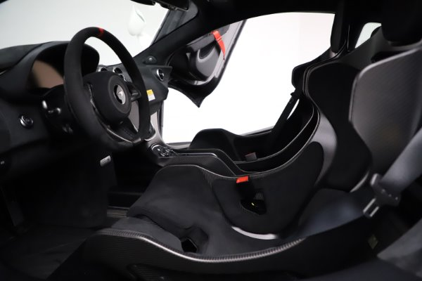 New 2020 McLaren 620R for sale Call for price at Alfa Romeo of Greenwich in Greenwich CT 06830 18